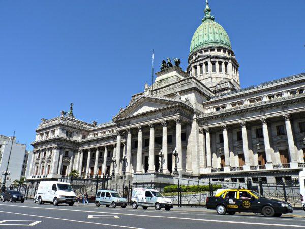 Argentina formaliza plan nacional contra el cambio climático que lleva a COP22