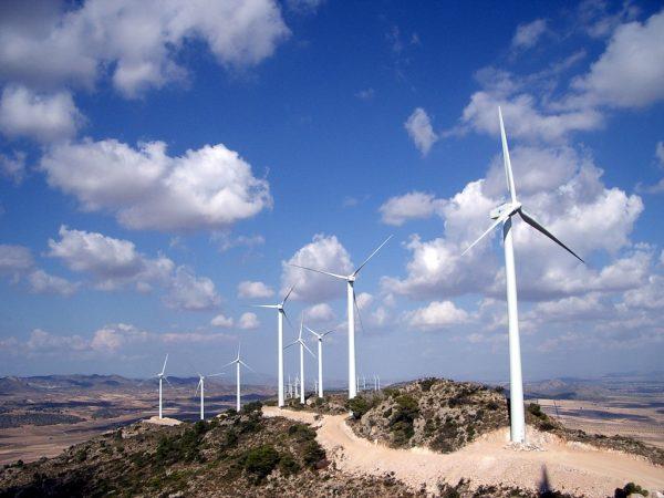 Limitar calentamiento global a 2 grados exige que mayoría de producción eléctrica provenga de energías renovables