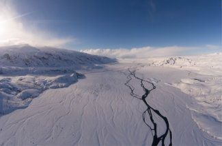 Científicos descubren un agujero en la Antártida