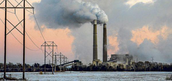 Trump deroga plan de Obama que combate el cambio climático