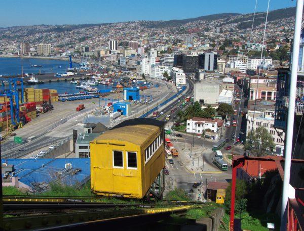 Valparaíso: Expertos proponen estrategias para prevenir daños por cambio climático