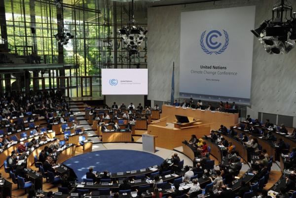 En medio de manifestaciones comenzó en Alemania la cumbre climática COP23