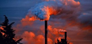 Líderes americanos se comprometen a fijar precios a las emisiones de carbono